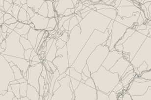 8 River Bend Rd, Clinton Township, NJ 08809